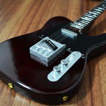 Miniatura Da Guitarra Fender Tele Rosewood Finish - 25cm