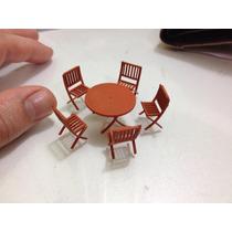 Miniatura Jogo De De Mesa Com 5 Cadeiras De Jardim 1/50 1/43