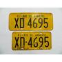 Par De Placas Amarela De Carro - Xd 4695 Rj Antiga De Ferro