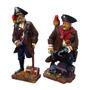 Conjunto De Estatuetas Piratas Médios Em Resina