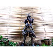 Samurai Guerreiro Medieval Resina Grande Estátua 41 Cm