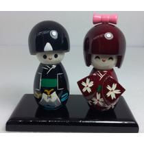 Casal Kokeshi Boneca Madeira Japonesa Chinesa Gueixa Hachi8