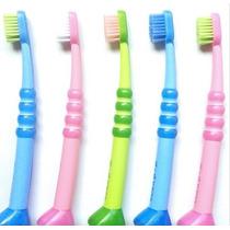 Escova Dental Curaprox Curakid Infantil 4260b - 0 A 7 Anos