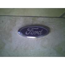 Emblema Oval Ford Grade Escort Zetec Encaixe