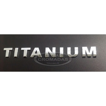 Emblema Titanium Cromado De 2cm Alt Adesivo 3m Auto Colante