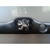 Moldura Puxador Porta Mala Peugeot 206