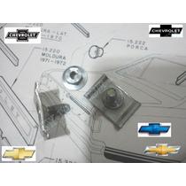 Retentor+porca Moldura Painel Posterior Traseiro Opala 75-79