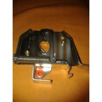 Fechadura Inferior Do Capo Clio Hatch /sedan 1999 Á 2003