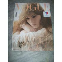 Revista Vogue Italia Nº 669 - 05/2006