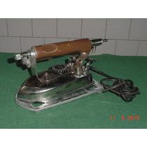 * Ferro De Alfaiate Antigo ( Marcha Bomba ) - Funcionando *