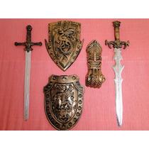 02 Espadas 02 Escudos Bracelete Gladiador Romano Medieval