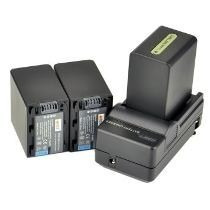 Kit 2 Baterias Np-f970 P Sony + Carregador P/ Iluminador Led