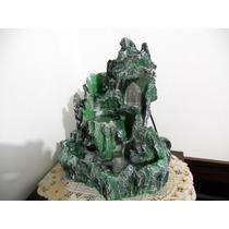 Fonte Cascata Verde Com Cristal Iluminado E Pedras Roladas