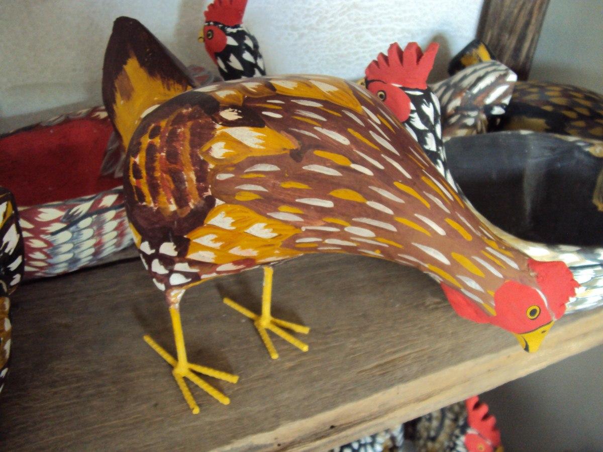 artesanato de jardim em madeira:Galinha De Madeira Artesanato. – R$ 255,00 no MercadoLivre