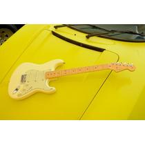 Guitarra Fender Stratocaster American Standard Noiseless