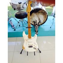 Guitarra Squier By Fender Stratocaster