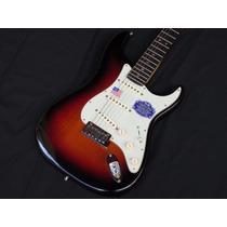 Fender American Deluxe Stratocaster - 3tone Sunburst