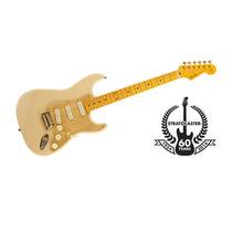 Guitarra Fender Mex Edição 60th Anniversary- Creme