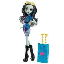 Boneca Monster High Viagem Scaris Frankie Stein - 4babies