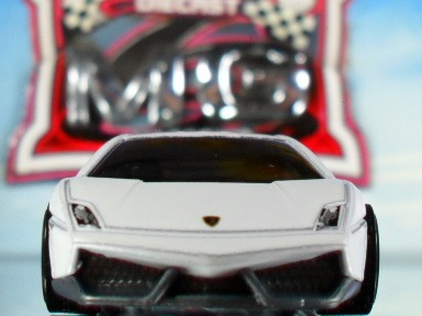Hotwheels Lamborghini Gallardo Superleggera Branca 09/2011