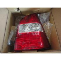 Lanterna Traseira Direita Nissan Livina
