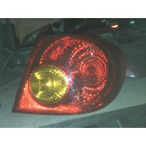 Lanterna Traseira Corolla 2003