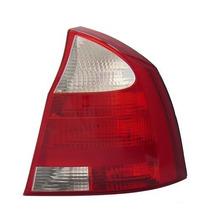 Lanterna Corsa Sedan 2003 04 05 C/neblina Dir Arteb 0460248