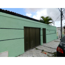 Casa No Ipem São Cristovão, Com 3 Qtos, 2 Vagas, 300m2