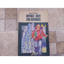 Livro Office Boy Em Apuros