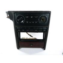 Moldura Central Comando Ar Condicionado Peugeot 220 ,,