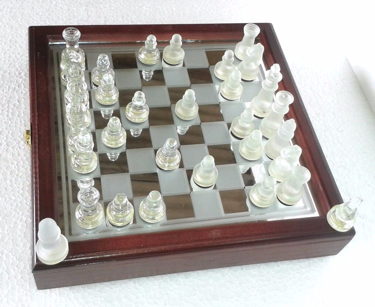 Jogo De Xadrez Tabuleiro Vidro Espelhado Estojo Madeira Luxo R$ 75  #66433E 1193x977