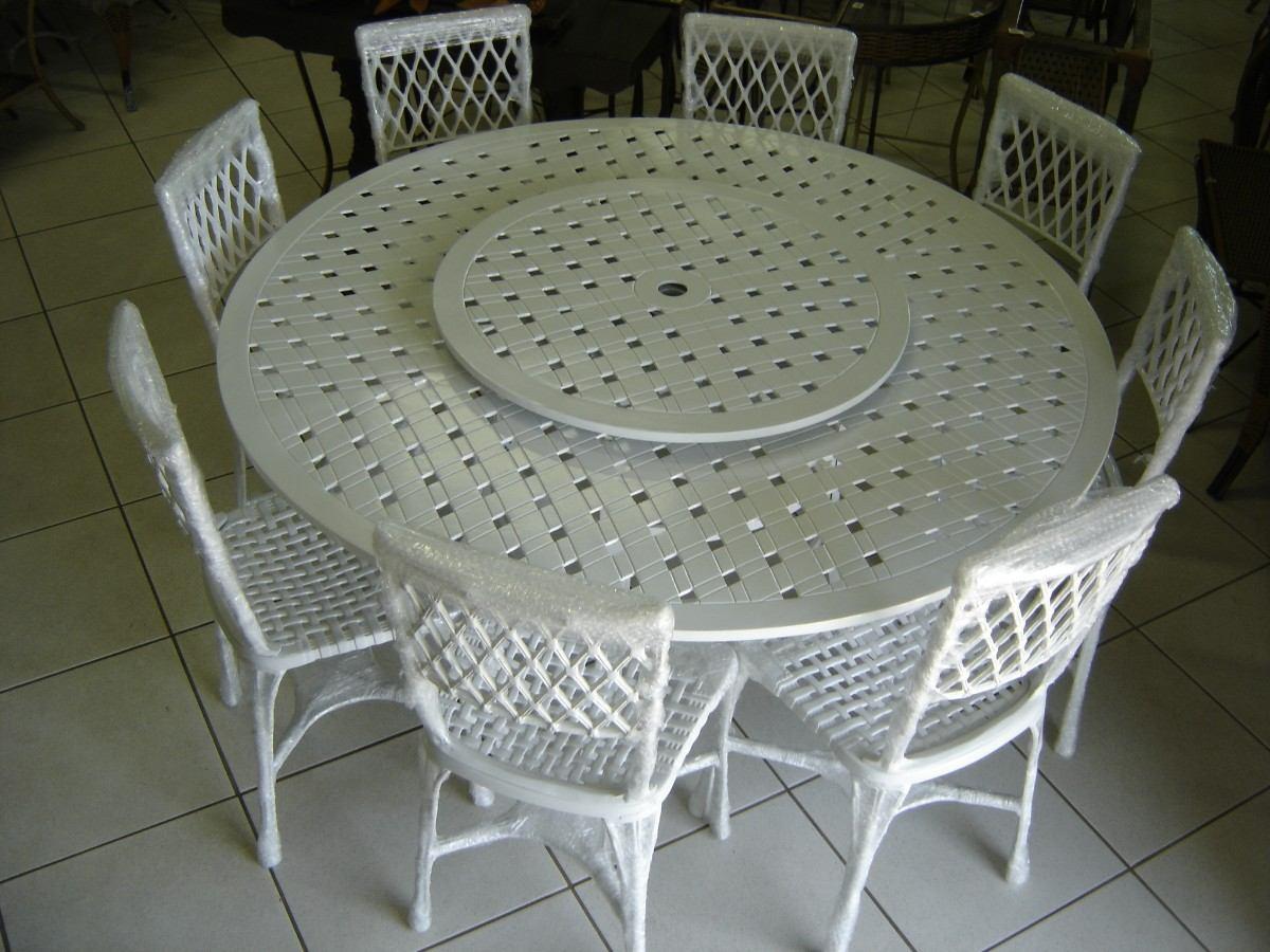 mesa de jardim em aluminio:Jogo Giratório 1,50 Alumínio Com 8 Cadeiras Bambú – R$ 3.590,00 no