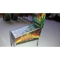 Miniatura Fliperama Diorama Maquina Pimball Attack From Mars