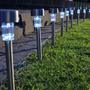 12 Luminária Solar De Jardim Recarregável De 1w