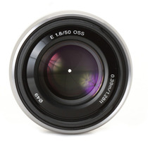 Lente Profissional E-mount Sony 50mm F1.8 Oss - Sel50f18 Nex