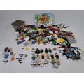 Lego - Lote 500 Peças + 18 Bonecos+ 8 Armas + 1 Cachorro