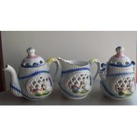 Trio De Bule, Leiteira, Açucareiro De Porcelana Alto Relevo
