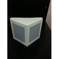 Arandela Triangular Parede Aluminio C/ Acrilico 17x15,3x8