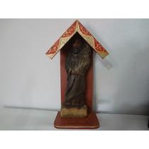 Oratorio Com Imagem Esculpida Na Madeira Religiosa
