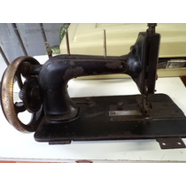 Maquina De Costura Antiga A Manivela Clemens Muller Dresden