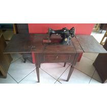 Antiga Maquina De Costura Singer Eletrica