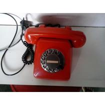 Telefone Antigo Vermelho, Não Está Funcionando