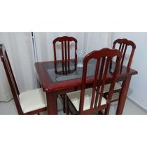 Mesa E Quatro Cadeiras De Madeira Maciça