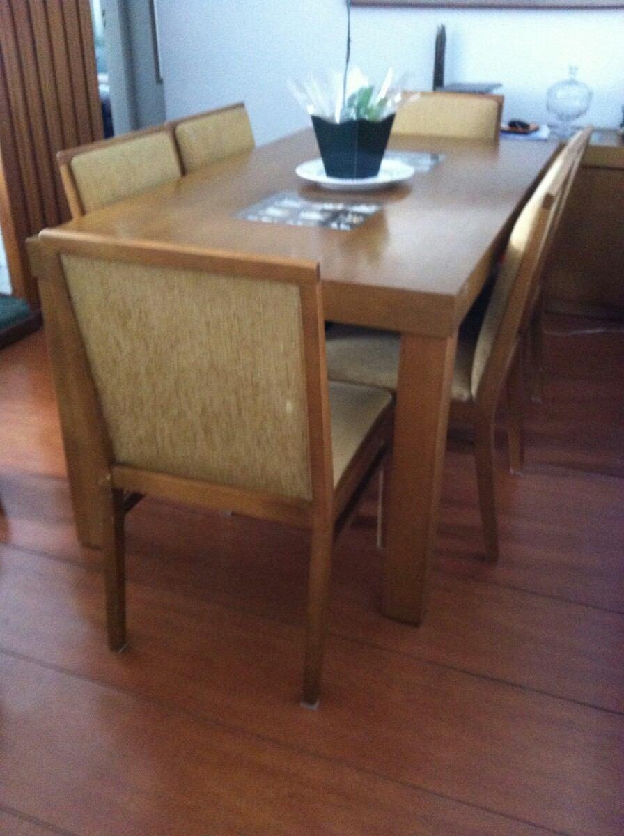 Mesa Madeira Jantar Tampo D Vidro C Pedrinhas + 6 Cadeiras  R$ 800