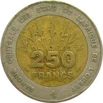 Estados Da África Ocidental - 250 Francos 1992 (bimetálica)