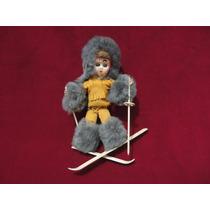 Boneca Antiga Esquiadora Anos 60