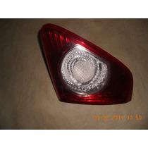 Lanterna Toyota Corolla Lado Direito
