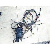 Chicote Com Caixa Fusível Toyota Hilux 3.0 16v Sw4