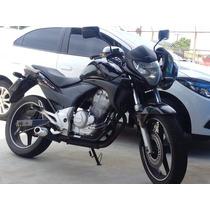 Moto Cb 300 Preta Com Escape Da Hornet