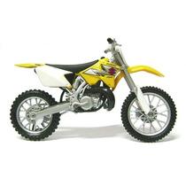 Miniatura Moto De Trilha Suzuki-250 Cc -promoção Entrega